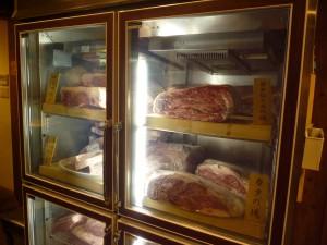 02熟成中のお肉